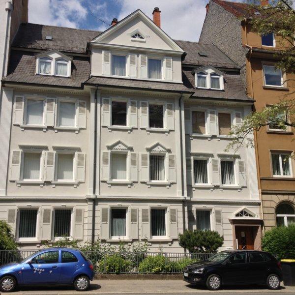 Fassadenrenovierung Mehrfamilienhaus