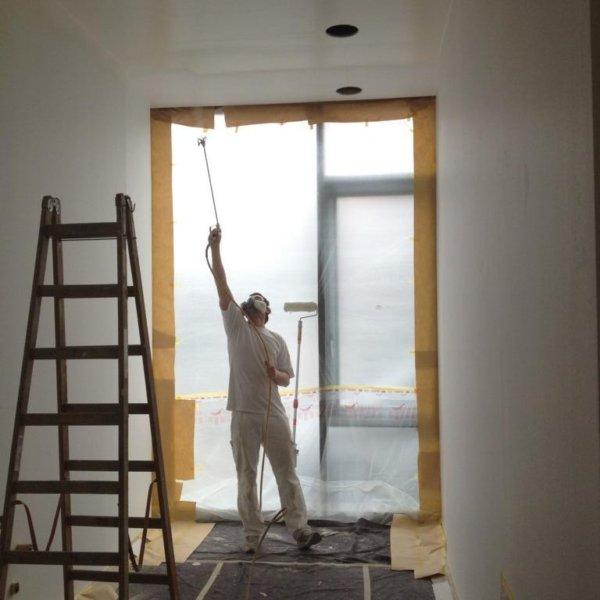 Neubau Bankgebäude Malerarbeiten